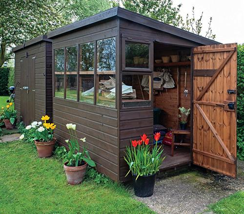 Nejčastěji slouží zahradní domek k uskladnění nářadí.