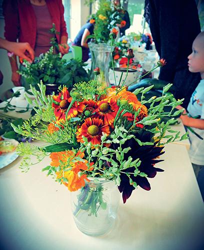 V přírodních kyticích najdete i květy některých druhů zeleniny.