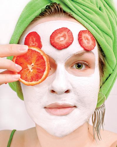 Ne nadarmo je ovoce a zelenina součástí mnoha krémů.