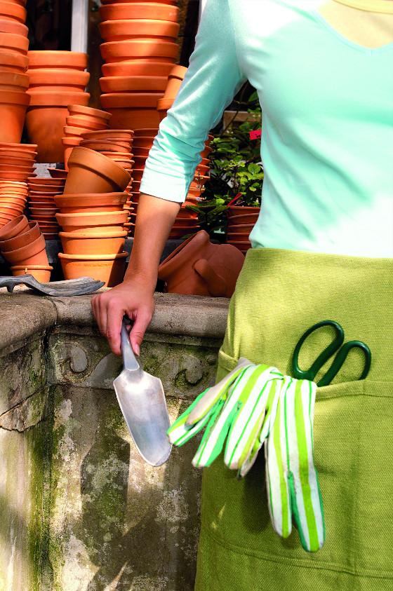 Díky praktickým kapsářům budete mít nářadí stále při ruce a nepoztrácíte ho.