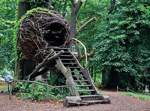 Dítě, které vyroste v přátelské společnosti stromů, bude s velkou pravděpodobností i v dospělosti citlivé a ohleduplné k přírodě.