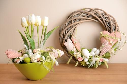 Pro jaro jsou typické pastelové barvy.