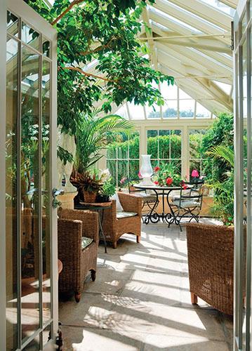 Zimní zahrady jsou náročné na stavbu, přesto jejich obliba stále stoupá.
