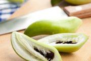 Ačokča připomíná vzhledem i chutí plody papriky.
