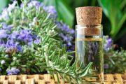 V profesionální aromaterapii se běžně používají esenciální oleje.
