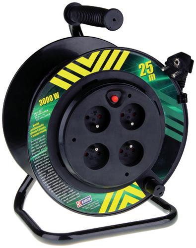 Pevný střed navijáku se zásuvkami umožňuje odvíjení kabelu