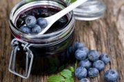 Plody borůvky se skvěle hodí na výrobu marmelády a pečeného čaje.