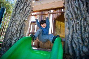 Zahrada je perfektním místem pro dětské hry.
