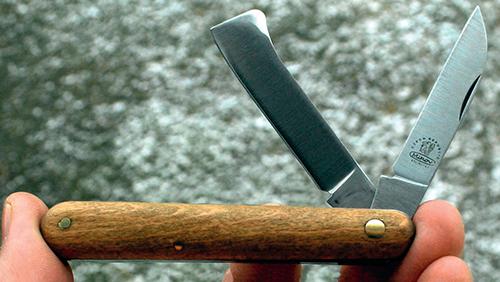 Nejlepší zahradnický nůž je takový, který dobře sedí v ruce