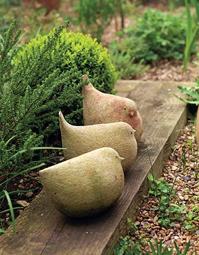 Plastiky zvířat jsou na zahradě vděčným tématem.