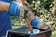 ejjednodušším řešením je větve pomocí elektrického drtiče upravit na mulč či štěpku.