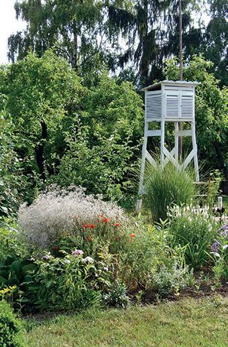 Meteorologická stanice na zahrádce? Proč ne. Počasí je přece pro růst rostlin důležité.