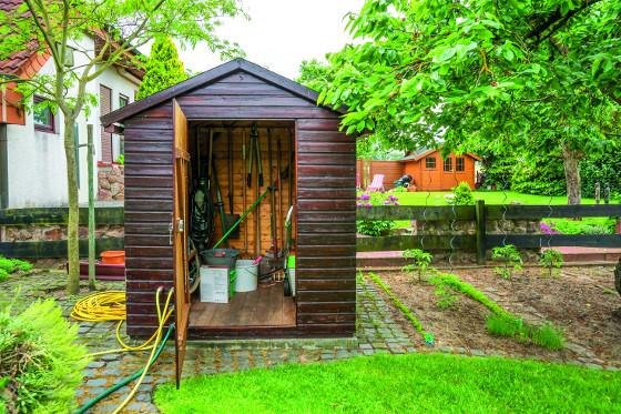 Zahradní domek na nářadí dejte na takové místo, kde nebude moc na očích, aby nelákal zloděje